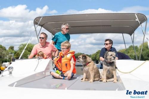Zoomalia rencontre Le Boat, leader des croisières fluviales avec animaux en Europe