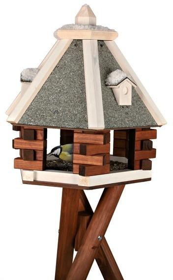 maison pour oiseaux sur pied ventana blog. Black Bedroom Furniture Sets. Home Design Ideas
