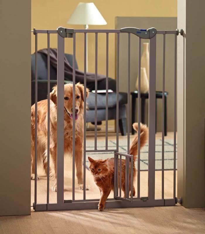 Barriere pour chien DOG BARRIERE avec petite porte