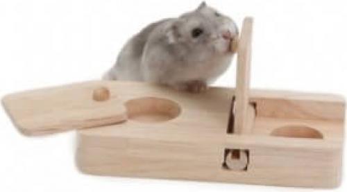 Jeu d'adresse en bois pour petits rongeurs