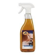 cavalor leather soap pour nettoyage approfondi du cuir selles et accessoires de selles. Black Bedroom Furniture Sets. Home Design Ideas