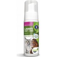 Shampooing mousse sans rinçage pour chien et chat