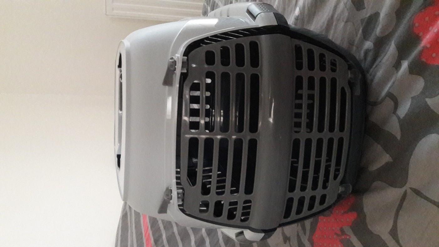 panier de transport pour chat et petit chien roadrunner caisse de transport. Black Bedroom Furniture Sets. Home Design Ideas