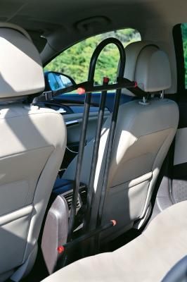 grille d 39 a ration pour voiture accessoires voiture chien. Black Bedroom Furniture Sets. Home Design Ideas