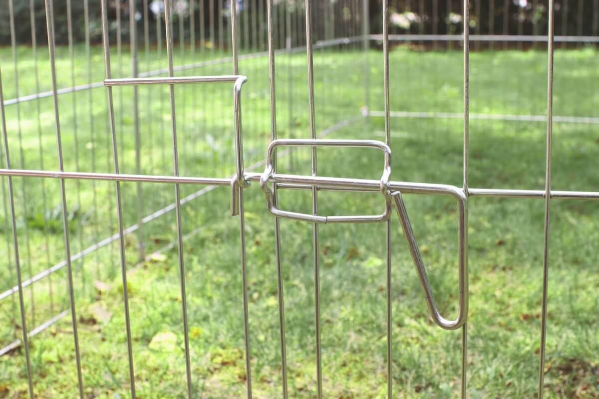 Enclos d'extérieur en métal fermé ZOLIA OMEO de 100 à 180cm_1