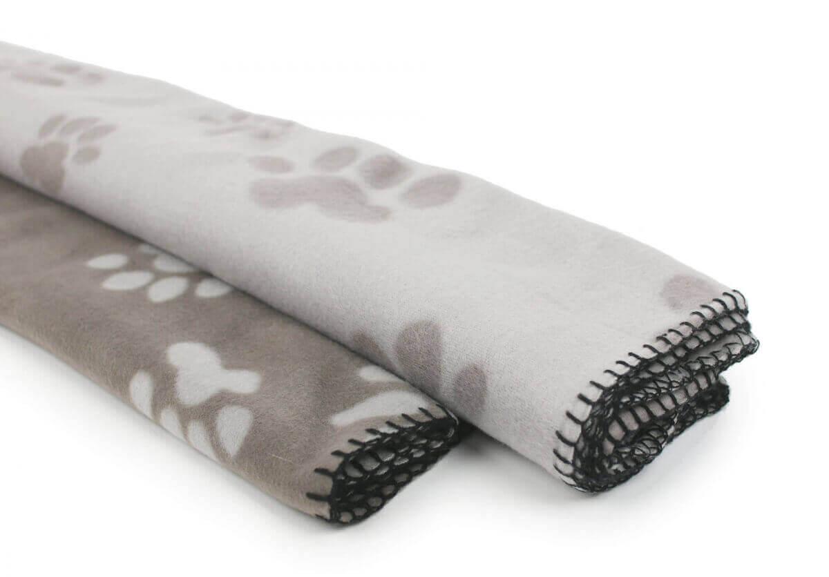 plaid polaire pour chien et chat coussin et tapis. Black Bedroom Furniture Sets. Home Design Ideas