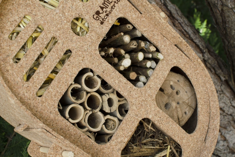 Hôtel à insectes à monter Gasco - 100% liège recyclé