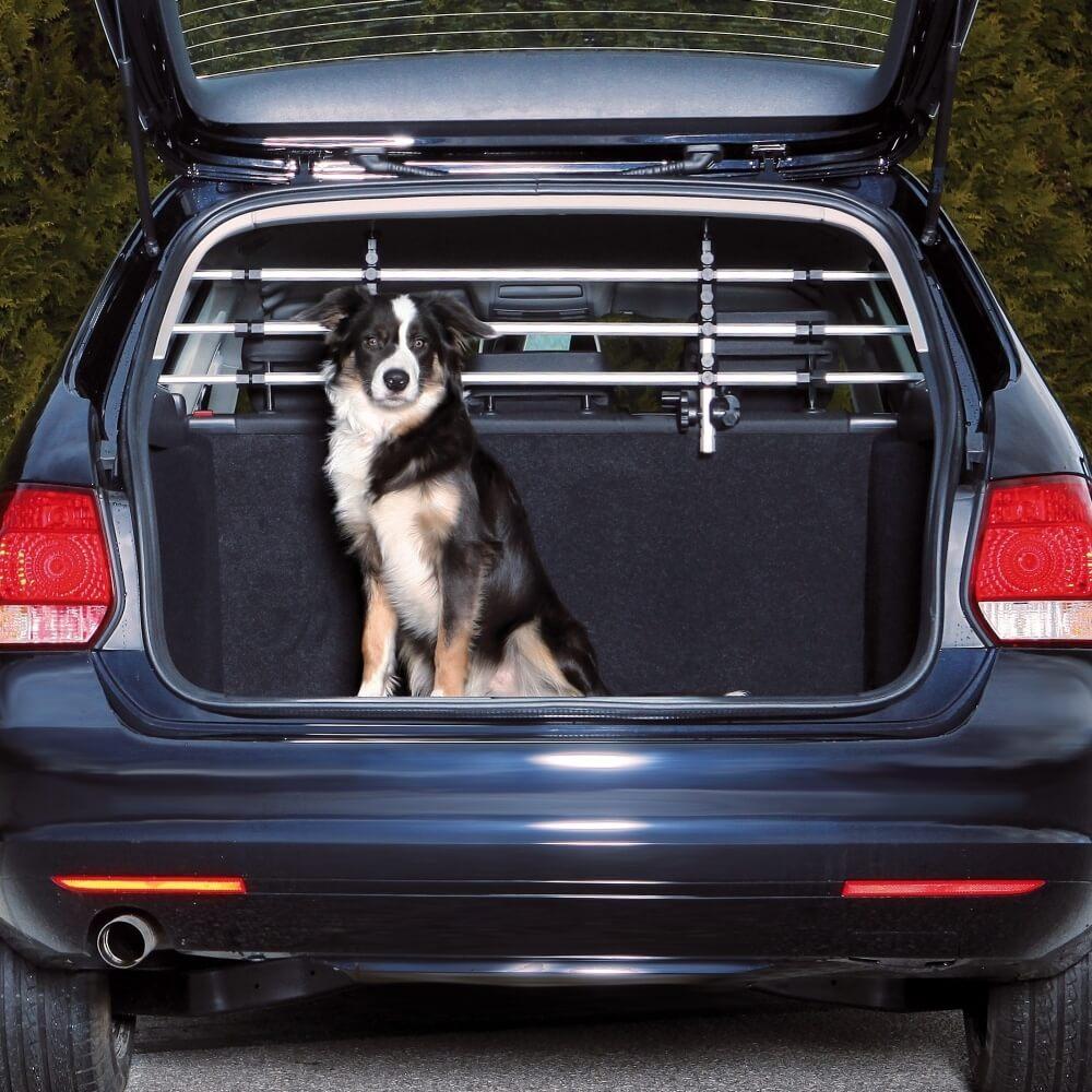 grille pare chien de s curit pour voiture aluminium accessoires voiture chien. Black Bedroom Furniture Sets. Home Design Ideas
