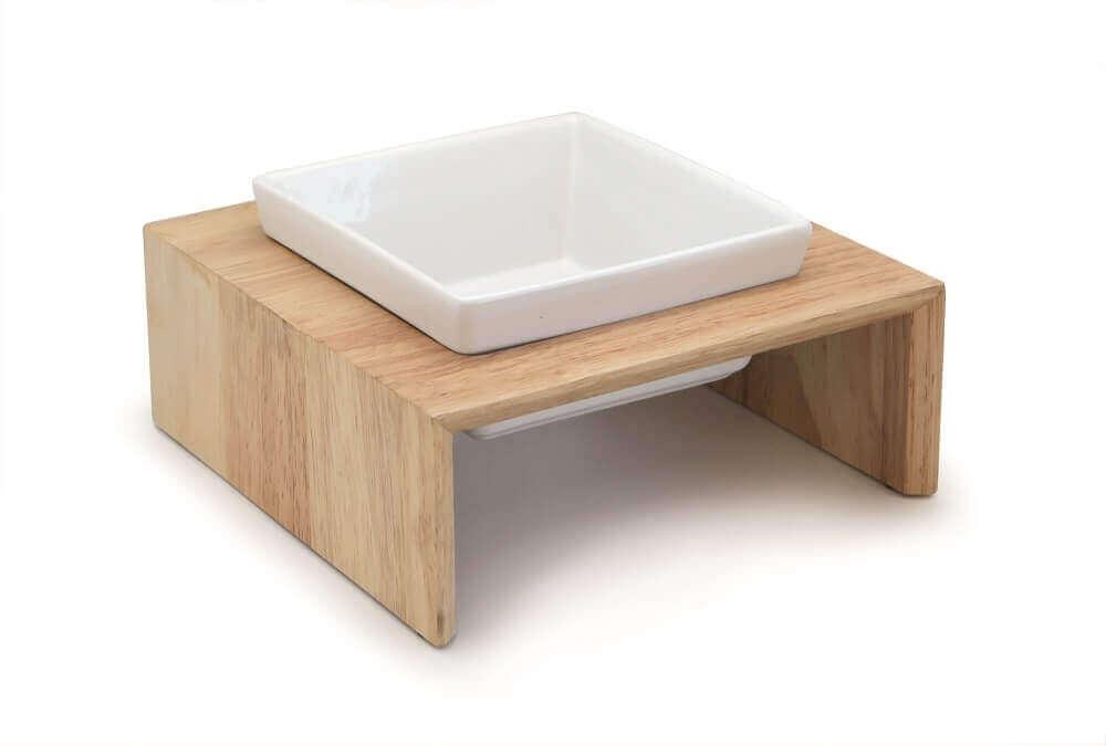 Gamelle en céramique sur support bois_0