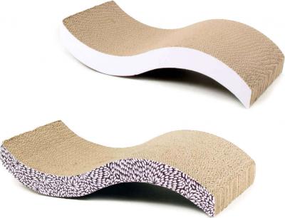 Griffoir en carton pour chat ZOLIA Flory avec herbe à chat inclus