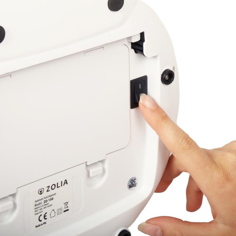 Distribuidor automático de pienso ZOLIA ZD 150 para gatos y perros