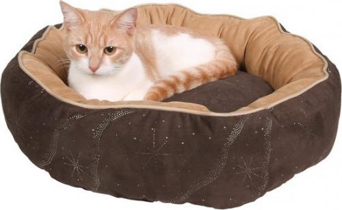 panier et arbre a chat fait maison chats forum animaux. Black Bedroom Furniture Sets. Home Design Ideas