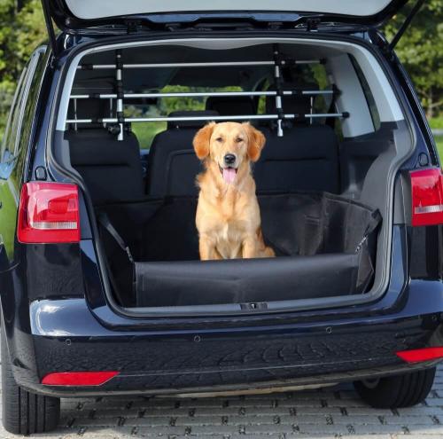 prot ge coffre voiture avec protection pare choc transport du chien en voiture. Black Bedroom Furniture Sets. Home Design Ideas