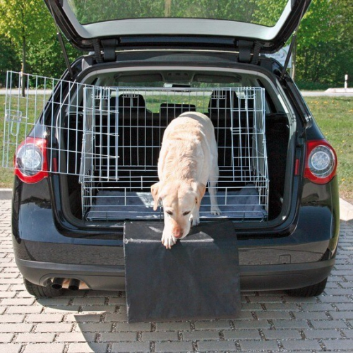 prot ge pare choc transport du chien en voiture. Black Bedroom Furniture Sets. Home Design Ideas