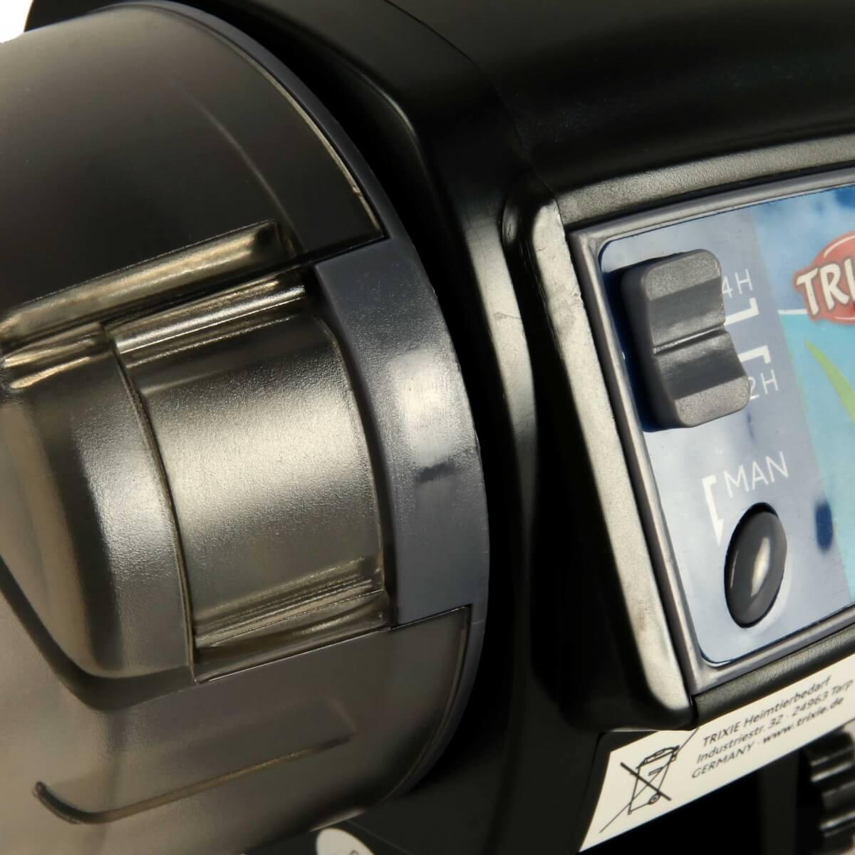 Distributeur automatique de nourriture_3
